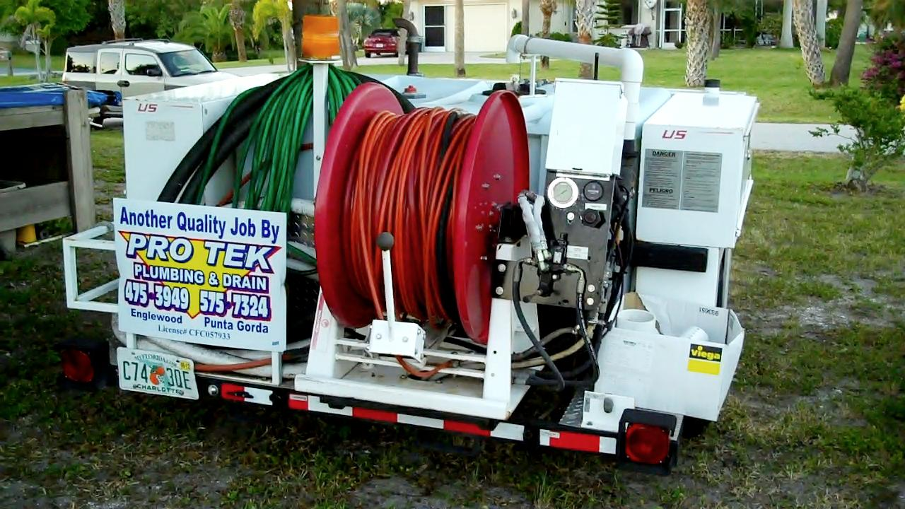 High pressure water jet drain pipe cleaning - Hydro Jet Drain Cleaning